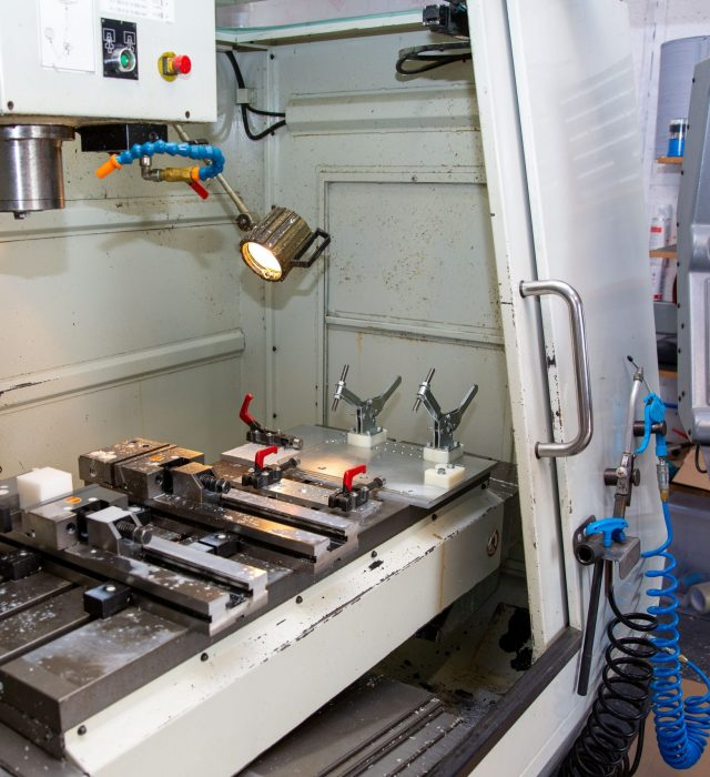 Capabilities of Hurco VM2 CNC Milling Machine - Doody Engineering